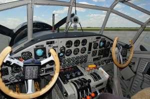 The technology in the cockpit of the Ju 52 reflects today's modern flying standards